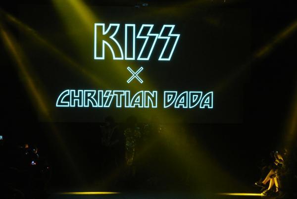 CHRISTIAN DADAのショーにKISSが出演
